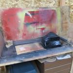 ペイントブース?(というほどの物ではないが(汗))防水処理の塗料を塗ったり,ボンドをふいたりするところ。