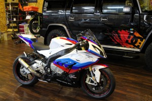 BMW S1000RR OFFICIAL SAFETY BIKE