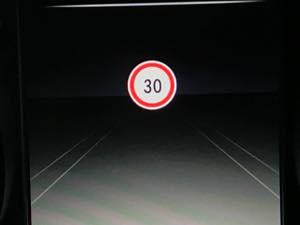W205 コーディング イージーエントリー 標識アシスト ワンタッチウインカー スピーカー交換