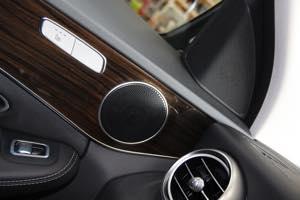 W205 コーディング  ワンタッチウインカー スピーカー交換 電動ロータリー3Dツイーター