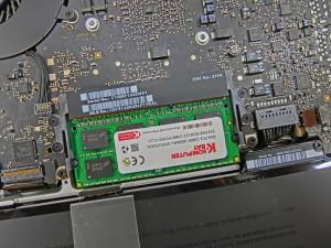 mac book pro メモリー交換