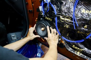 R35 GTR 純正BOSE ドアスピーカー交換 ツイーター交換 デッドニング HOT WIRED 名古屋