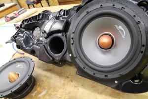 アウディ A6 audi A7 A8 A4 Q3 A3 純正BOSE フロントドア スピーカー交換 HOT WIRED 名古屋 boseサウンド 音質向上