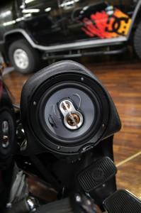 ハーレー オーディオ スピーカー取付 MERCURY CAR AUDIO  名古屋 ホットワイヤード