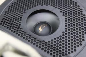 BMW シート下スピーカー ウーハー スピーカー交換 HOT WIRED 名古屋 MERCURY CAR AUDIO CE-165