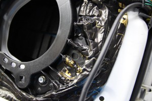 CX-5 正しいドアのデッドニングのやり方 制振 防音 静音 STP HOT WIRED ホットワイヤード 名古屋 車内の静音化 カーオーディオ スピーカー交換 BOSE