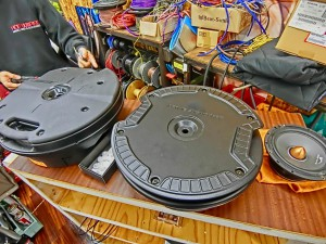 CX-8 マツダ純正 BOSE スピーカー交換 ツイーター交換  音質向上 音質改善 デッドニング サウブーハー インナーバッフル センタースピーカー サラウンドスピーカー トランクデッドニング ツイーター 埋込加工 MERCURY CAR AUDIO サブウーハー交換
