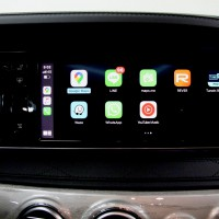 W222 Sクラス W205 W213 NGT5.5 NTG5.0 NTG4.7 NTG4.5 後付けCarPlay ワイヤレスCarPlay ワイヤレスミラーリング AndroidAuto CarPlayインターフェース CarPlayモジュール Apple CarPlay iPhone ディスプレイオーディオ