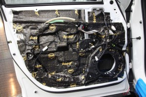 CX-5 ハイレゾカーオーディオ DAP FIIO M10 HELIX DSP.3 Mercury Car Audio K62 M420 C800  HOT WIRED 名古屋 ドアのデッドニング