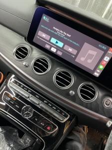W213 Eクラス ベンツ ワイヤレス CarPlay ドングル AndroidAuto ミラーリング