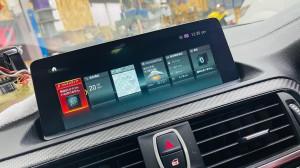 純正ナビ ホーム画面 BMW M2 F30 F10 F15 G30 F34 F87 M2 M3 M4 Apple CarPlay ワイヤレス ミラーリング Android Auto 後付けCarPlay iPhone BMW純正ナビ コーディング 有効化 インストール 名古屋 グーグル YOUTUBE 動画 視聴 NBT NBTEVO EVO2 EVO CIC