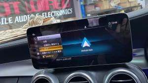 ワイヤレスCarPlay 無線化 ベンツ純正 AndroidAuto w205 後期型 ドングル ミラーリング ワイヤレス化 youtube netflix