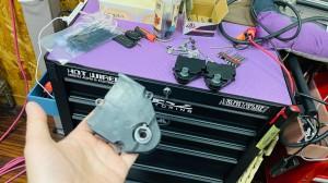 HUMMER H2 エスカレード タホ エアコンの効きが悪い エバポレータの洗浄 ブレンディングドア 左右の温度が違う 温風が出る アクチュエータ