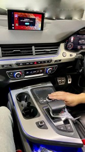 動画視聴 Android BOX アンドロイド ボックス MMI AUDI アウディ CarPlay ワイヤレス ミラーリング 無線化 グーグルマップ NETFLIX  YOUTUBE GOOGLE Q7 Q3 Q5 A3 A4 A7 A8