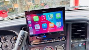 HUMMER H2 ワイヤレスCarPlay ミラーリング YOUTUBE Android Auto 汎用 後付け HDMI ビデオ入力 タホ サバーバン エスカレード アメ車 グーグルマップ AMAZON ナビアプリ