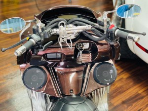 YAMAHA MAXAM マグザム スピーカー取付 オーディオ iPhone ワイヤレス Bluetooth 防水スピーカー HOT WIRED 名古屋 バイク オーディオ アンプ ビッグスクーター ジェットスキー ロックフォード 名古屋 愛知県 ROCKFORD P152 ホットワイヤード
