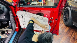 BMW MINI F60 R60 F56 F54 F55 ミニ スピーカー交換 音質改善 ツイーター ドアスピーカー デッドニング Mercury Car Audio Audible Physics セパレートスピーカー ウーハー交換 RAM3 2WAYセパレート ドア 音漏れ