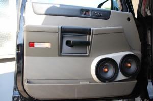 HUMMER H2 ドアスピーカー ツイーター スピーカー交換 ツイーター交換 カスタムカーオーディオ アウターバッフル ピラー埋込 Mercury Car Audio C62 張り替え ドアパネル デッドニング Mercury Car Audio