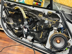 マツダ純正BOSE ボースサウンド BOSEサウンド NDロードスター 純正BOSE スピーカー交換 ツイーター交換 ヘッドレスト ツイーター埋め込み 名古屋 ホットワイヤード Mercury Car Audio C62-BOSE