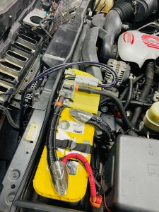 HUMMER H2 バッテリー交換 大型バッテリー バッテリー取付 ドライバッテリー サブバッテリー 電源強化 ハマー 名古屋 ホットワイヤード