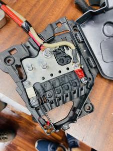 シトロエン C3 C4 スピーカー交換 ツイーター交換 デッドニング 音質向上 カーオーディオ カープレイ CarPlay Bluetooth サブウーハー  DAP 外部入力 デジタル入力 iPhone スマホ ミラーリング