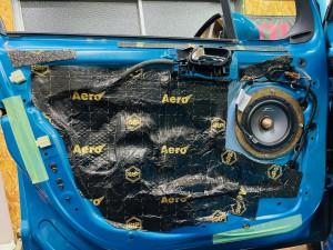 シトロエン C3 C4 スピーカー交換 ツイーター交換 デッドニング 音質向上 カーオーディオ カープレイ CarPlay Bluetooth サブウーハー  DAP 外部入力 デジタル入力 iPhone スマホ ミラーリング Mercury Car Audio