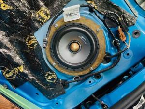 シトロエン C3 C4 スピーカー交換 ツイーター交換 デッドニング 音質向上 カーオーディオ カープレイ CarPlay Bluetooth サブウーハー  DAP 外部入力 デジタル入力 iPhone スマホ ミラーリング マーキュリー