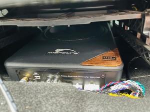 シトロエン C3 C4 スピーカー交換 ツイーター交換 デッドニング 音質向上 カーオーディオ カープレイ CarPlay Bluetooth サブウーハー  DAP 外部入力 デジタル入力 iPhone スマホ ミラーリング ワイヤリング サブウーハー  設置場所